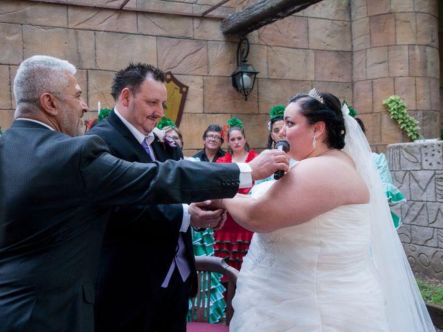 La boda de Daniel  y Gema en Talamanca Del Jarama, Madrid 14