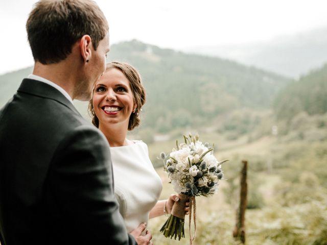 La boda de Alex y Leire en Atxondo, Vizcaya 25