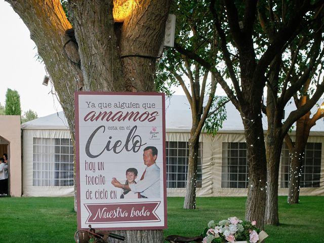 La boda de Javier y Azucena en Colmenar De Oreja, Madrid 18