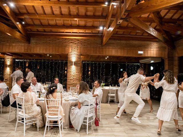 La boda de Danu y Victoria en Sant Vicenç De Montalt, Barcelona 63