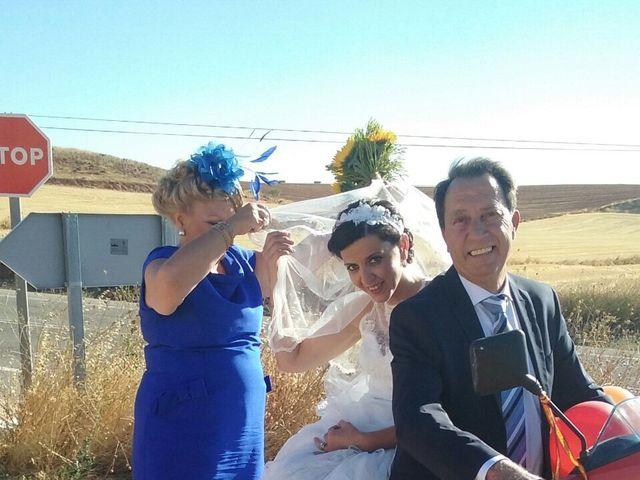 La boda de Miguel Ángel  y María del Pilar en Villamayor De Santiago, Cuenca 5