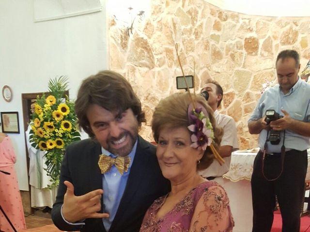 La boda de Miguel Ángel  y María del Pilar en Villamayor De Santiago, Cuenca 6