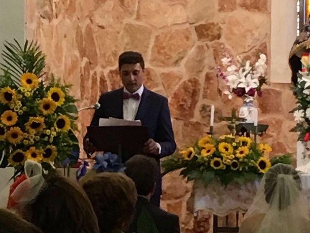 La boda de Miguel Ángel  y María del Pilar en Villamayor De Santiago, Cuenca 13