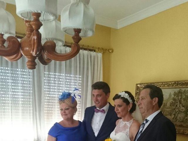 La boda de Miguel Ángel  y María del Pilar en Villamayor De Santiago, Cuenca 16