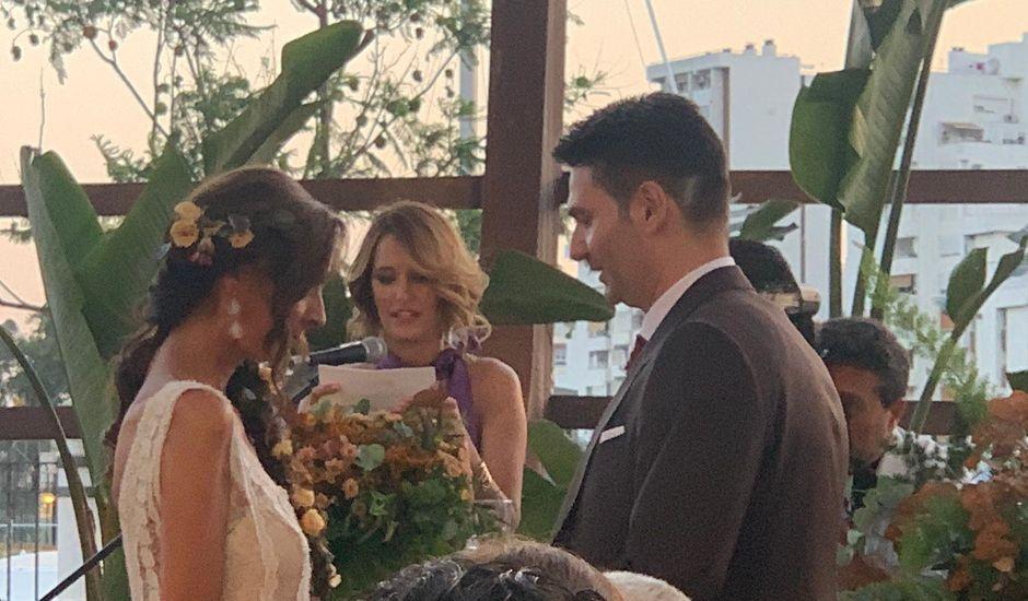 La boda de Almudena  y José Manuel  en Sevilla, Sevilla