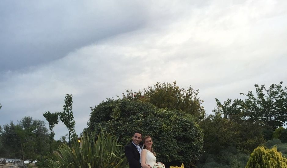 La boda de Eduardo y Cristina en La Torre De Esteban Hambran, Toledo