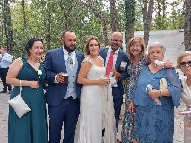 La boda de Rafael y Virginia  en Valdastillas, Cáceres 10