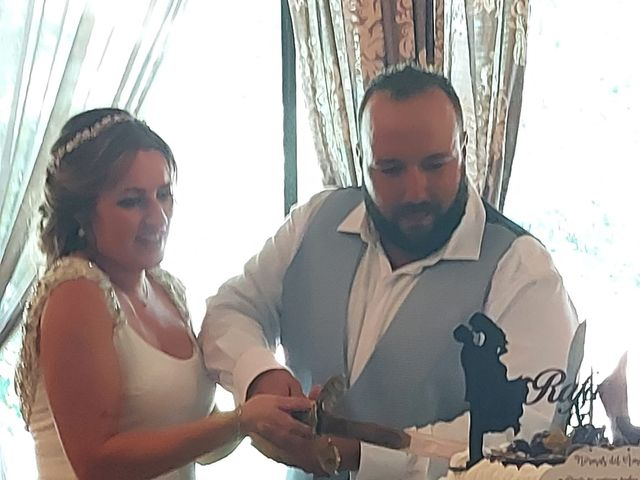 La boda de Rafael y Virginia  en Valdastillas, Cáceres 12