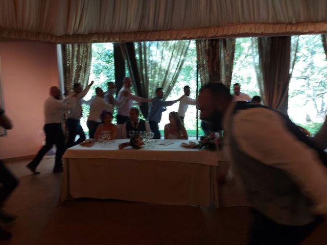 La boda de Rafael y Virginia  en Valdastillas, Cáceres 14