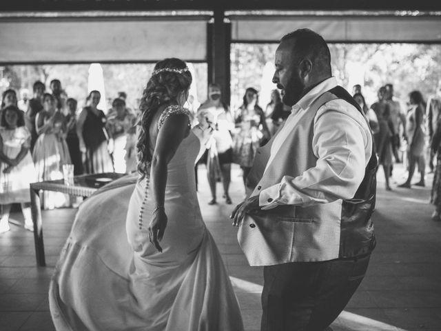 La boda de Rafael y Virginia  en Valdastillas, Cáceres 19