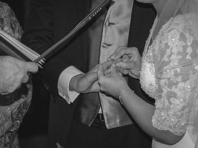 La boda de Luis y Laura en Piedrabuena, Ciudad Real 22
