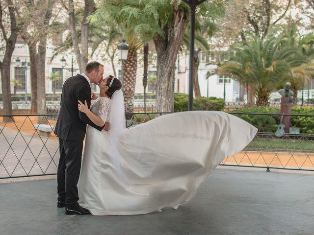 La boda de Luis y Laura en Piedrabuena, Ciudad Real 31