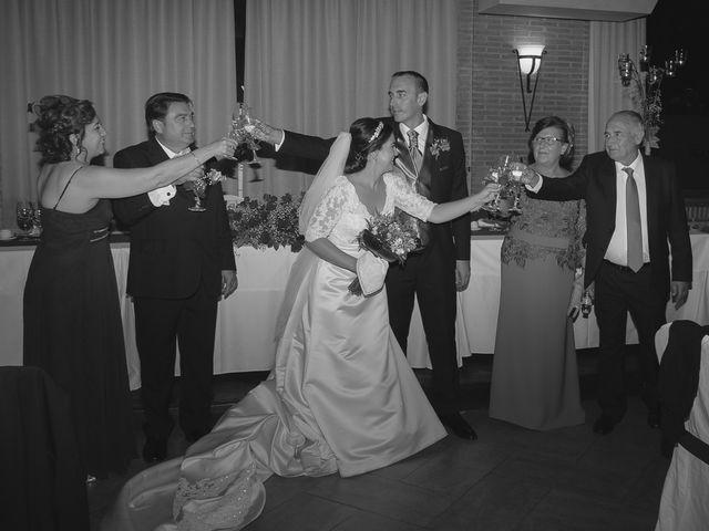 La boda de Luis y Laura en Piedrabuena, Ciudad Real 39