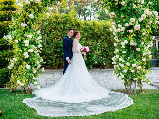 La boda de Victor y Elisabet en Griñon, Madrid 24