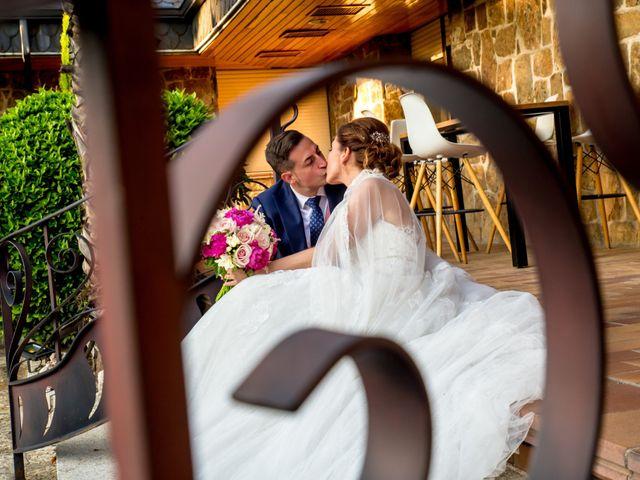 La boda de Victor y Elisabet en Griñon, Madrid 32