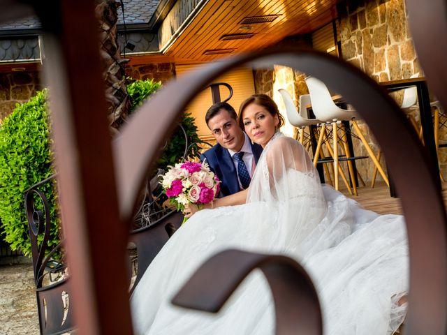La boda de Victor y Elisabet en Griñon, Madrid 33