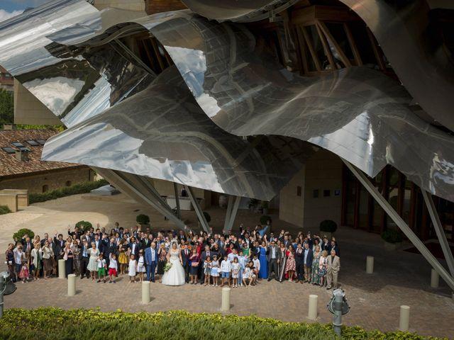 La boda de Álvaro y Sarai en Elciego, Álava 21