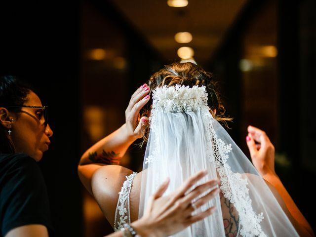La boda de Josu y Carolina en Hondarribia, Guipúzcoa 15