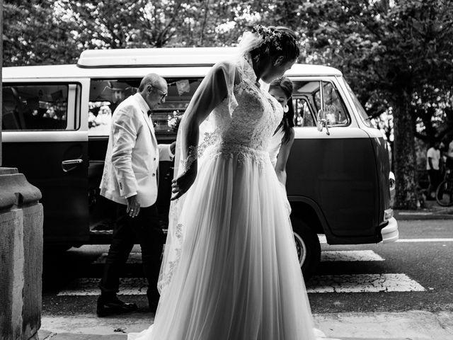 La boda de Josu y Carolina en Hondarribia, Guipúzcoa 19