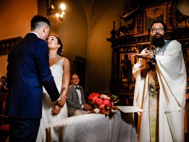 La boda de Josu y Carolina en Hondarribia, Guipúzcoa 21