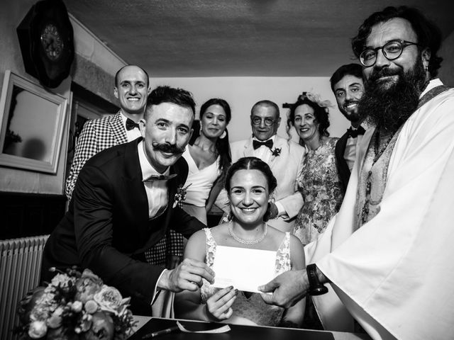 La boda de Josu y Carolina en Hondarribia, Guipúzcoa 27