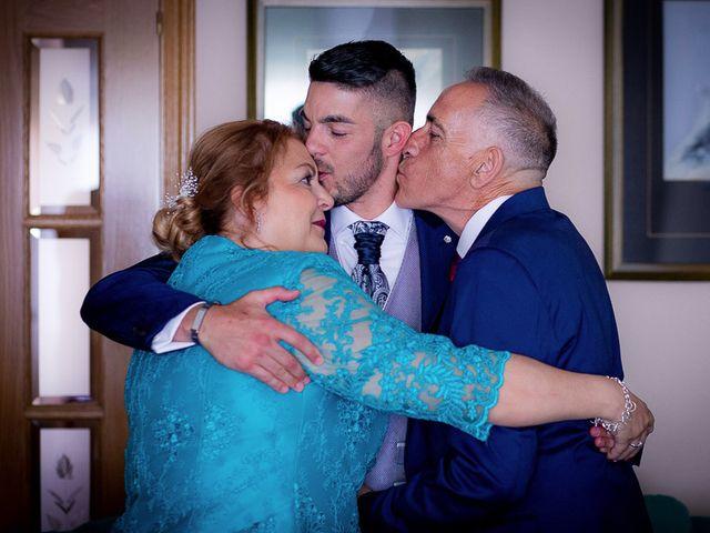 La boda de Gonzalo y Cristina en Galapagos, Guadalajara 16