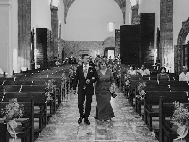 La boda de Mari y Leo en La Solana, Ciudad Real 38