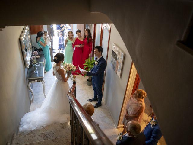 La boda de Eva y Albert en El Castell Del Remei, Lleida 17