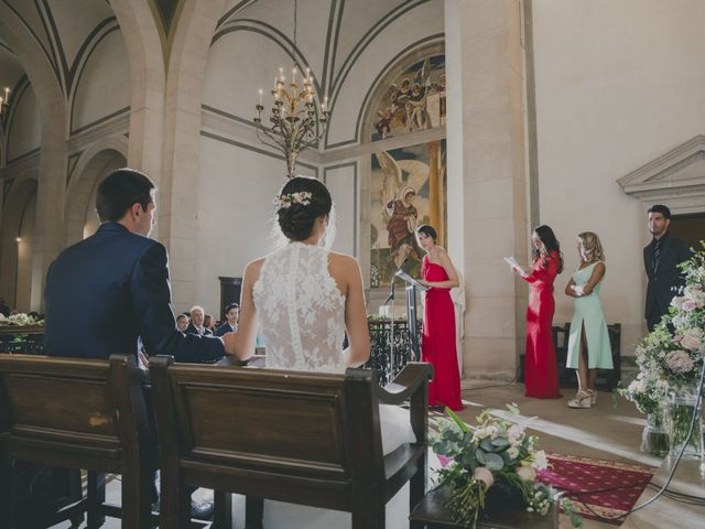 La boda de Eva y Albert en El Castell Del Remei, Lleida 29