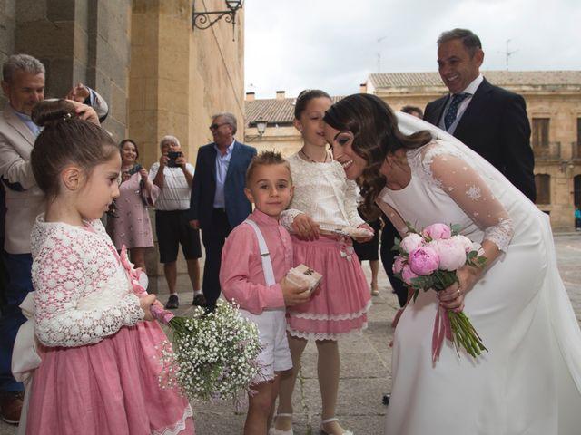 La boda de Leire y Víctor en Salamanca, Salamanca 19