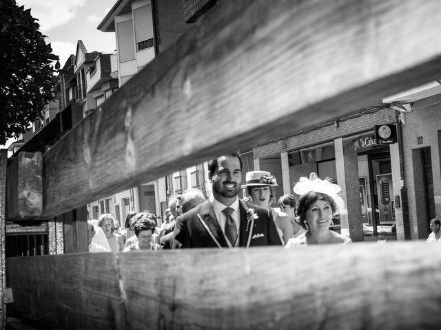 La boda de Andrés y Lucia en Rincon De Soto, La Rioja 19