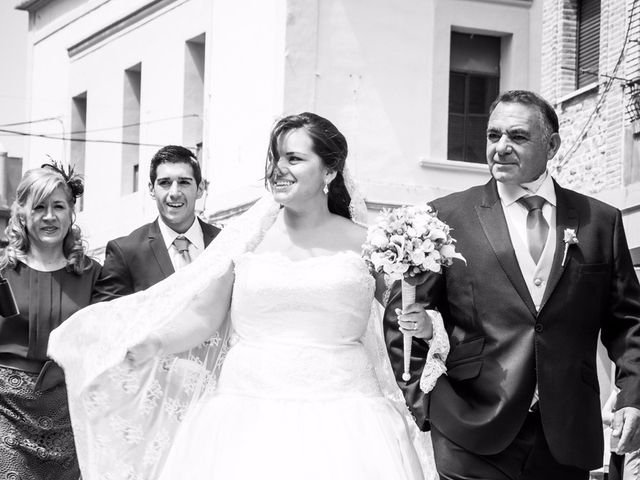 La boda de Andrés y Lucia en Rincon De Soto, La Rioja 22