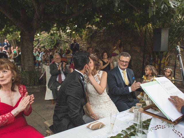 La boda de Oswaldo y María en San Vicente De Alcantara, Badajoz 16
