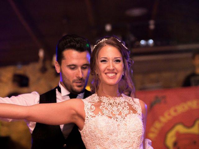 La boda de Oswaldo y María en San Vicente De Alcantara, Badajoz 24