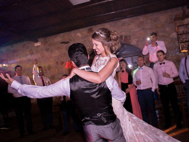 La boda de Oswaldo y María en San Vicente De Alcantara, Badajoz 25