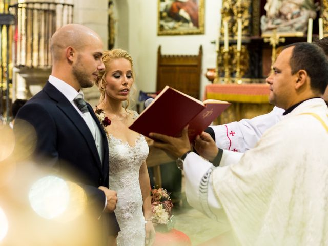 La boda de Carmen y Tom en Trujillo, Cáceres 13
