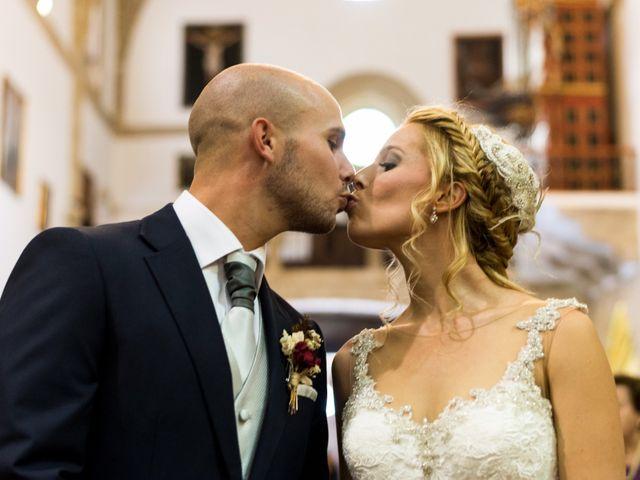 La boda de Carmen y Tom en Trujillo, Cáceres 15