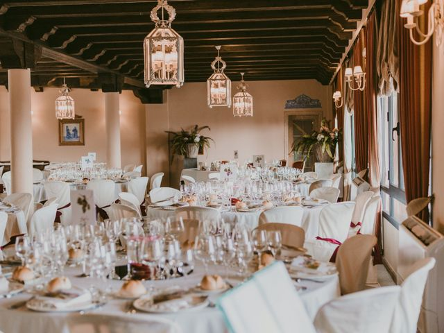 La boda de Carmen y Tom en Trujillo, Cáceres 25