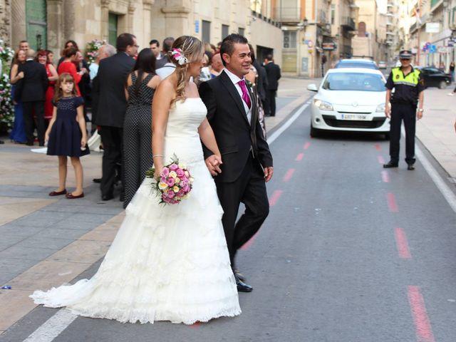 La boda de Vanesa y Juan Ramón en Alacant/alicante, Alicante 1