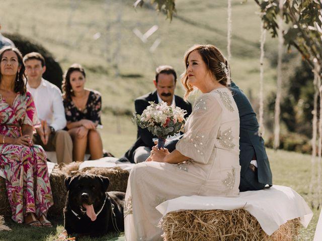 La boda de Ekaitz y Maider en Andoain, Guipúzcoa 43