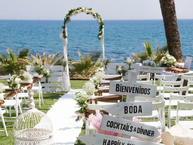 La boda de Charline  y Sebastian  en Benalmadena Costa, Málaga 19