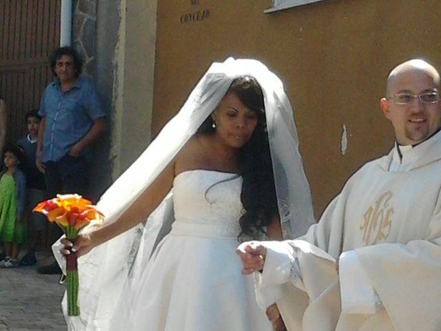 La boda de Luciane Aparecida y Juan Antonio en Trabazos, Zamora 7