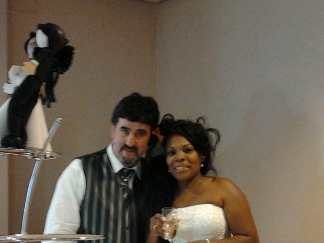 La boda de Luciane Aparecida y Juan Antonio en Trabazos, Zamora 11