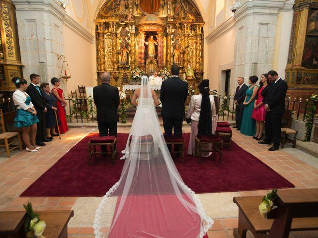 La boda de Luis y Raquel en Sotos De Sepulveda, Segovia 8