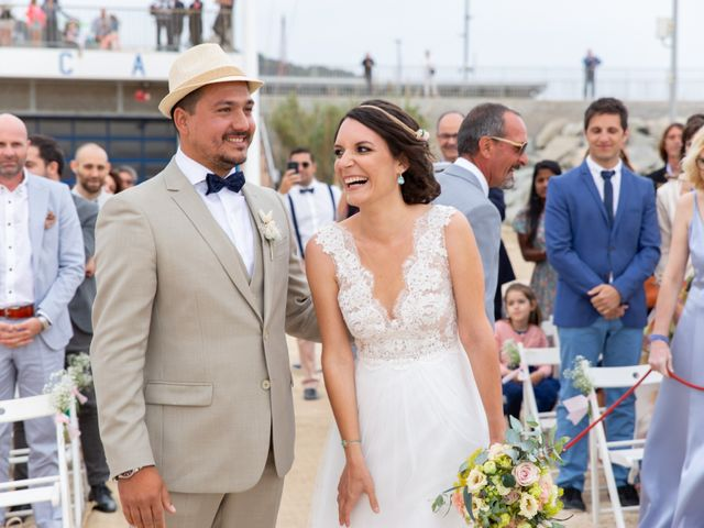 La boda de Javier y Diana en Arenys De Mar, Barcelona 35