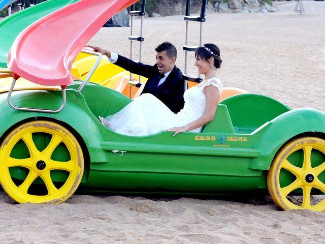 La boda de Lidia y Ivan en Lloret De Mar, Girona 15