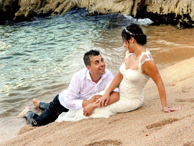 La boda de Lidia y Ivan en Lloret De Mar, Girona 27