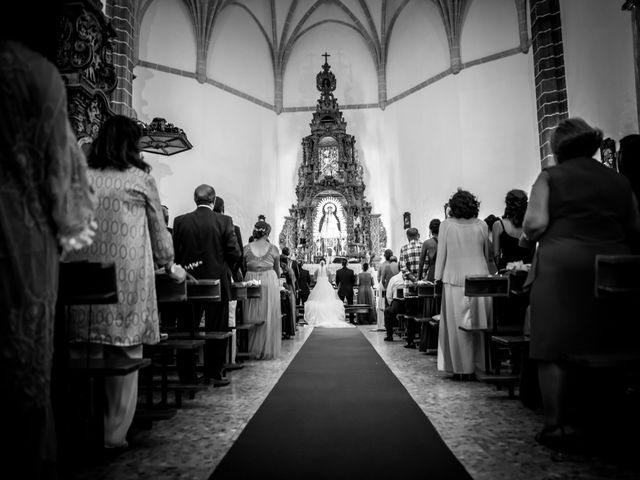 La boda de Juan José y Nazaret en Torre De Miguel Sesmero, Badajoz 48