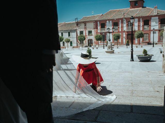 La boda de Miguel y Marta en Bercial, Segovia 12