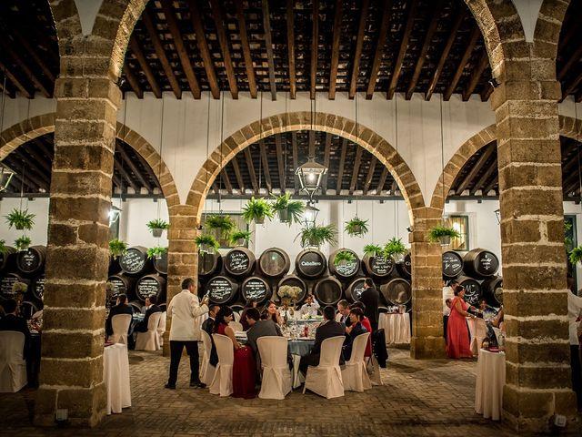 La boda de Álvaro y Yolanda en El Puerto De Santa Maria, Cádiz 30